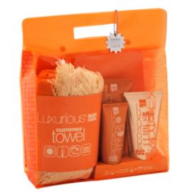 Intermed Luxurious Summer Towel + Face Cream SPF50 75 ml + Sunscreen Body Cream SPF30 200 ml + After Sun Cooling Gel 150 ml